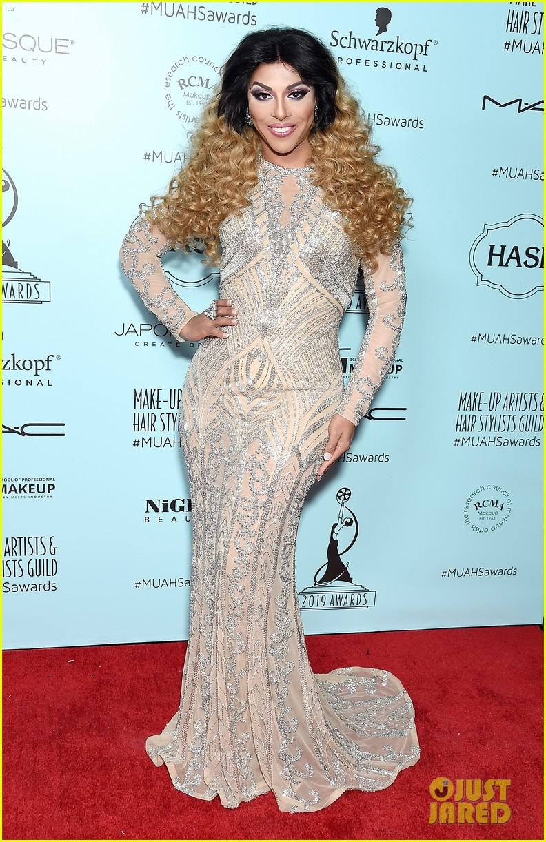 melissa mccarthy makeup artists hair stylists guild awards 12