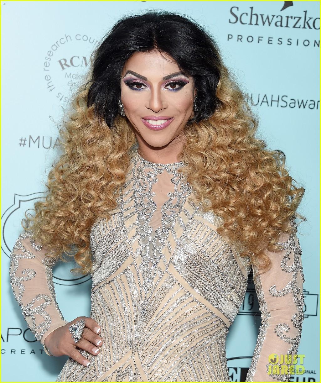 melissa mccarthy makeup artists hair stylists guild awards 18