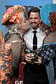 milo ventimiglia gets honored hast pudding man of the year 04