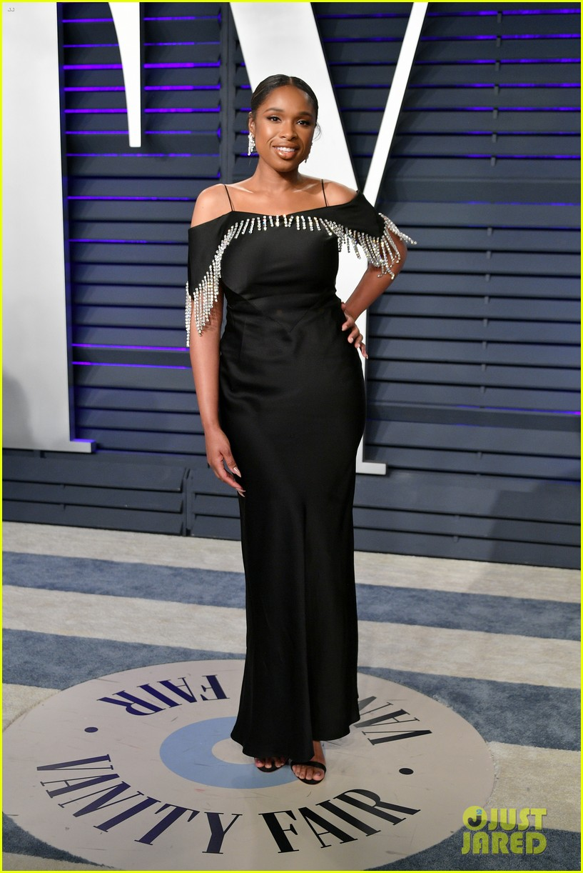 kacey musgraves and jennifer hudson switch their looks for vanity fairs oscars 2019 party 064247316