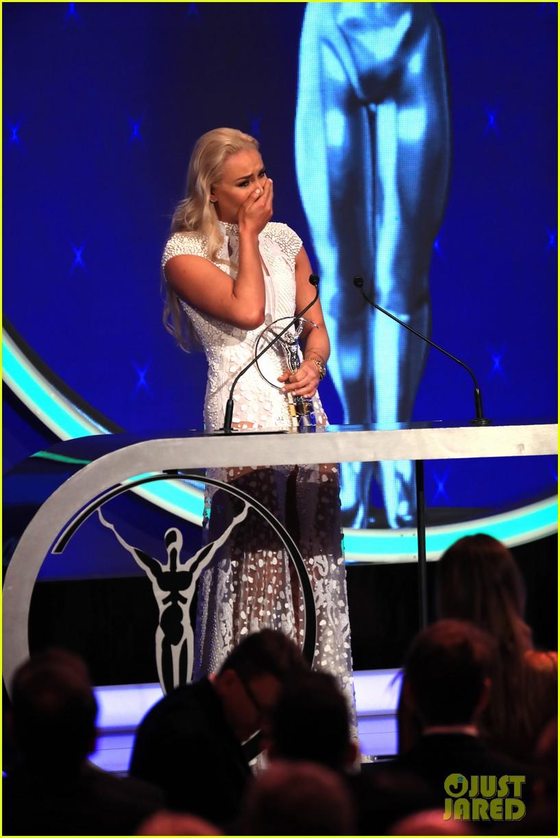 novak djokovic lindsey vonn laureus awards 19