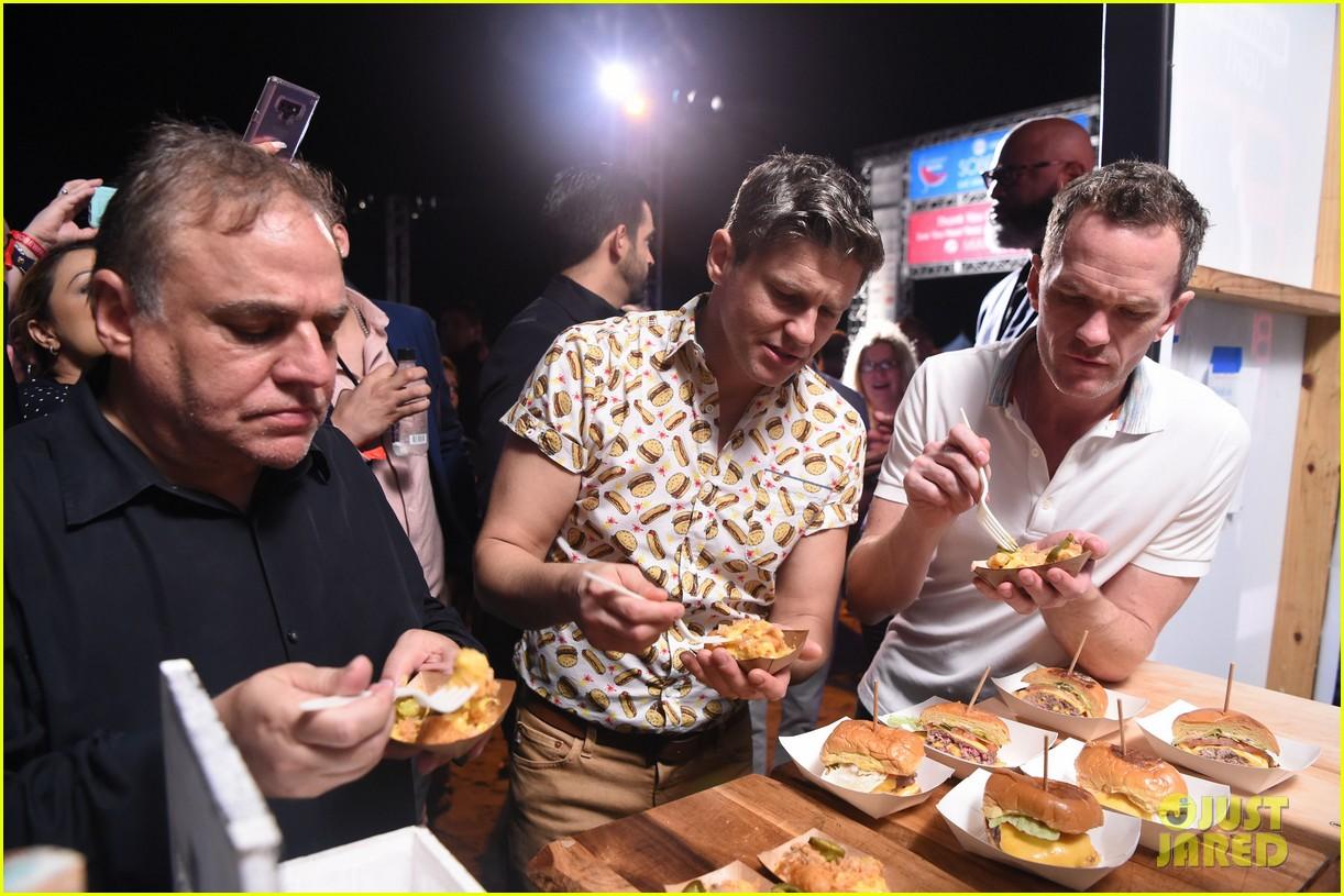 neil patrick harris david burtka meet celeb chefs 09