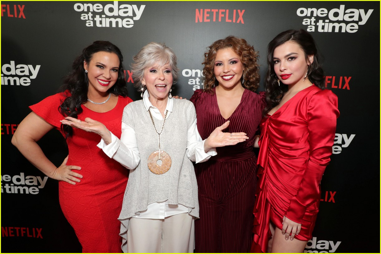 netflixs one day at a time cast premieres season 3 in la 154226188
