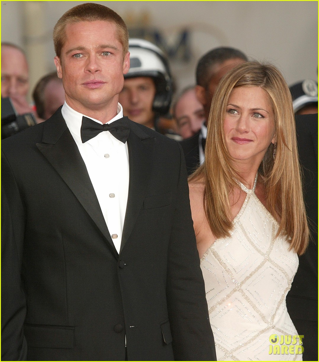 brad pitt jennifer aniston invite 024237318