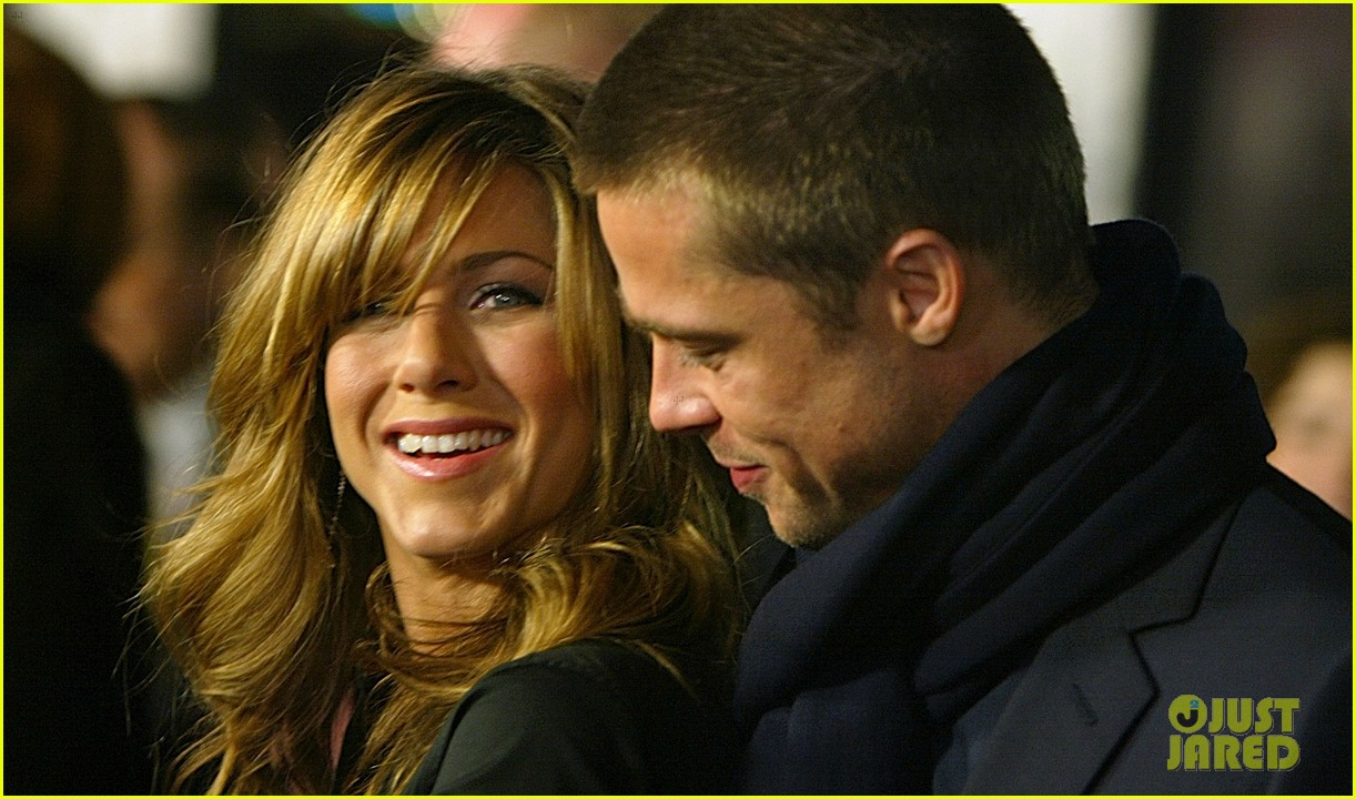 brad pitt jennifer aniston invite 114237327