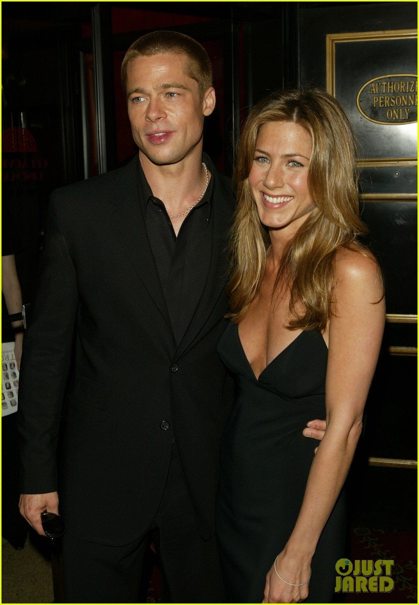 brad pitt jennifer aniston invite 124235513