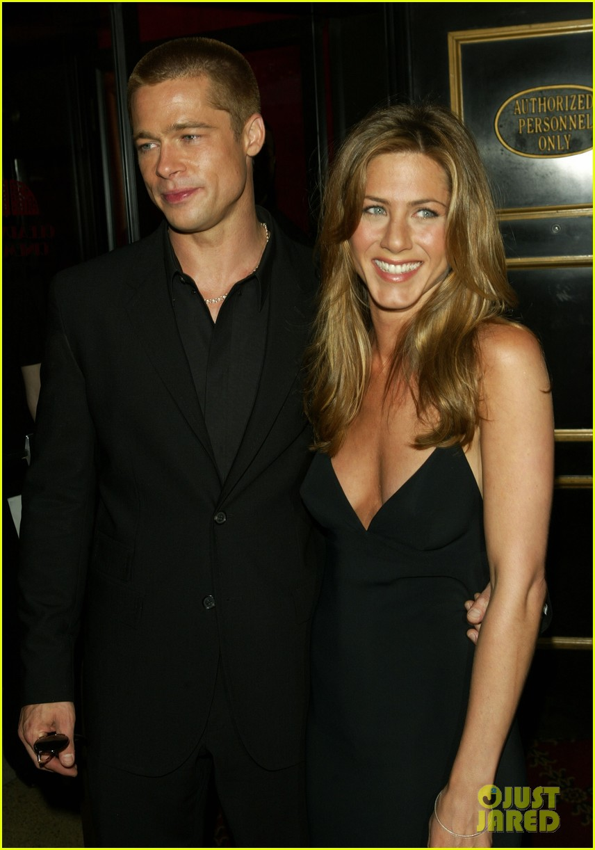 brad pitt jennifer aniston invite 134237329
