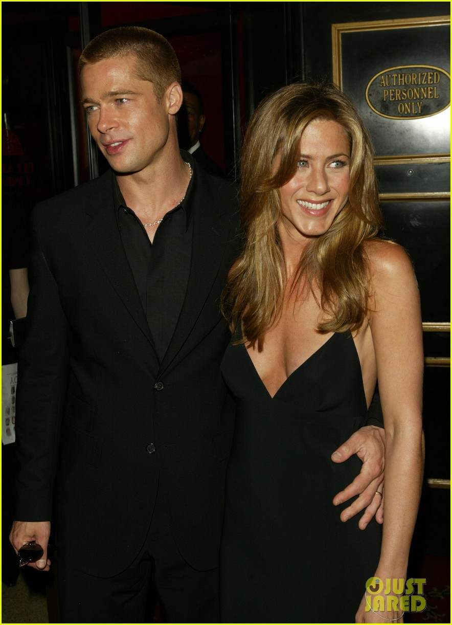 brad pitt jennifer aniston invite 144237330