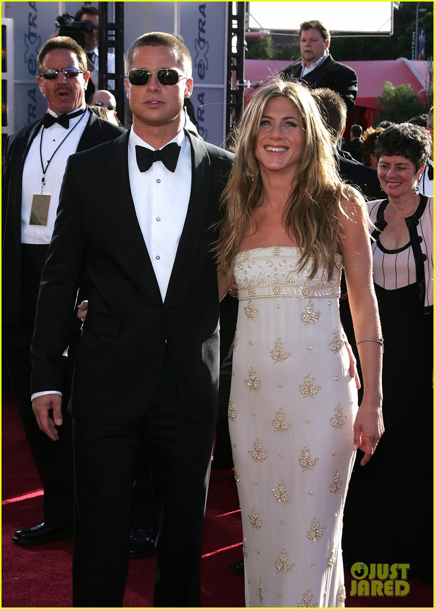 brad pitt jennifer aniston invite 184235519
