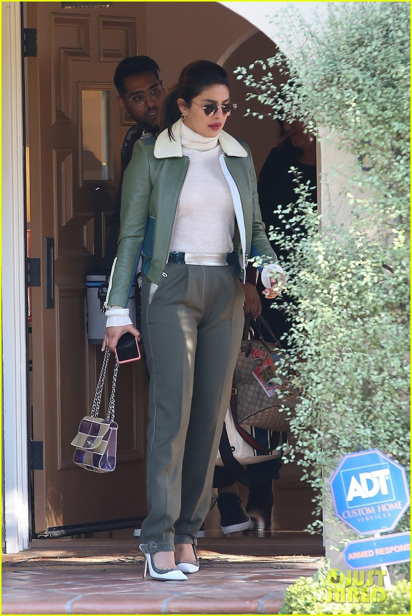 priyanka chopra visits a friend in LA 04