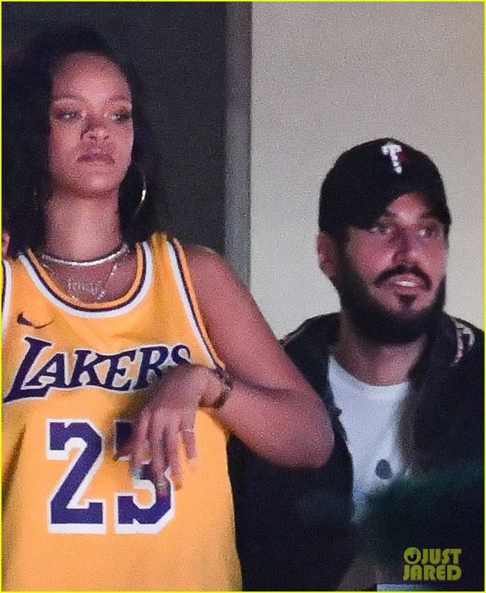 See Photos Of Rihanna Boyfriend Hassan Jameel At The Lakers Game Photo 4243138 Hassan Jameel Rihanna Pictures Just Jared