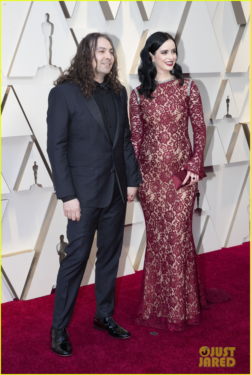 Krysten Ritter Is Pregnant, Reveals Baby Bump on Oscars ...