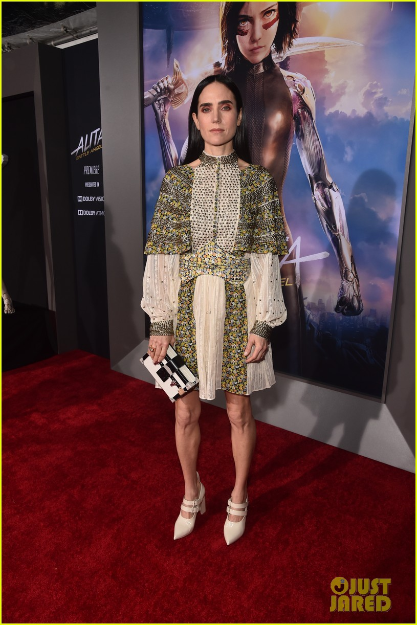 rosa salazar alita battle angel la premiere 374224213