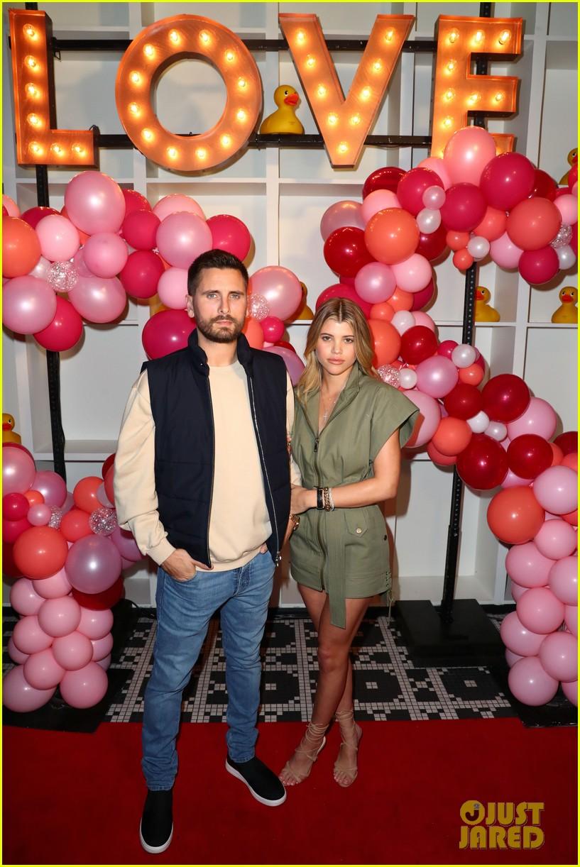 scott disick sofia richie celebrate valentines day together 03