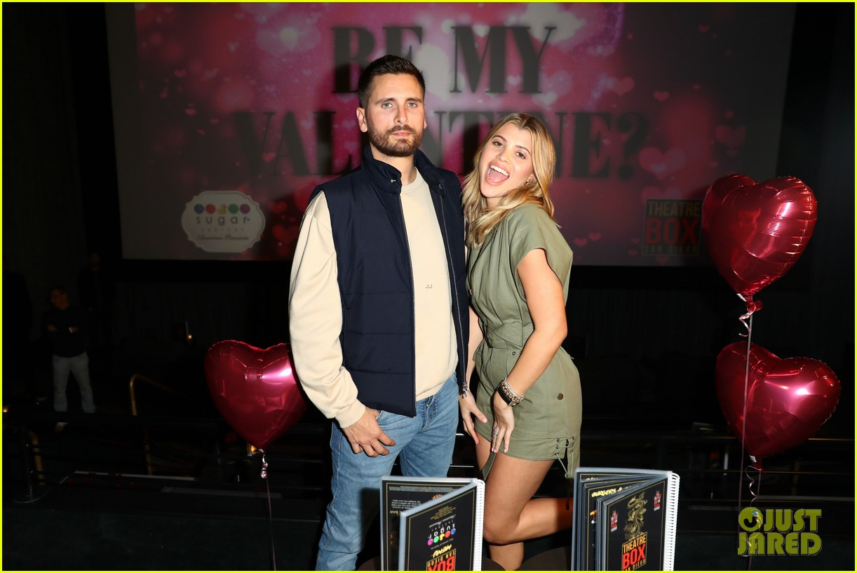 scott disick sofia richie celebrate valentines day together 06