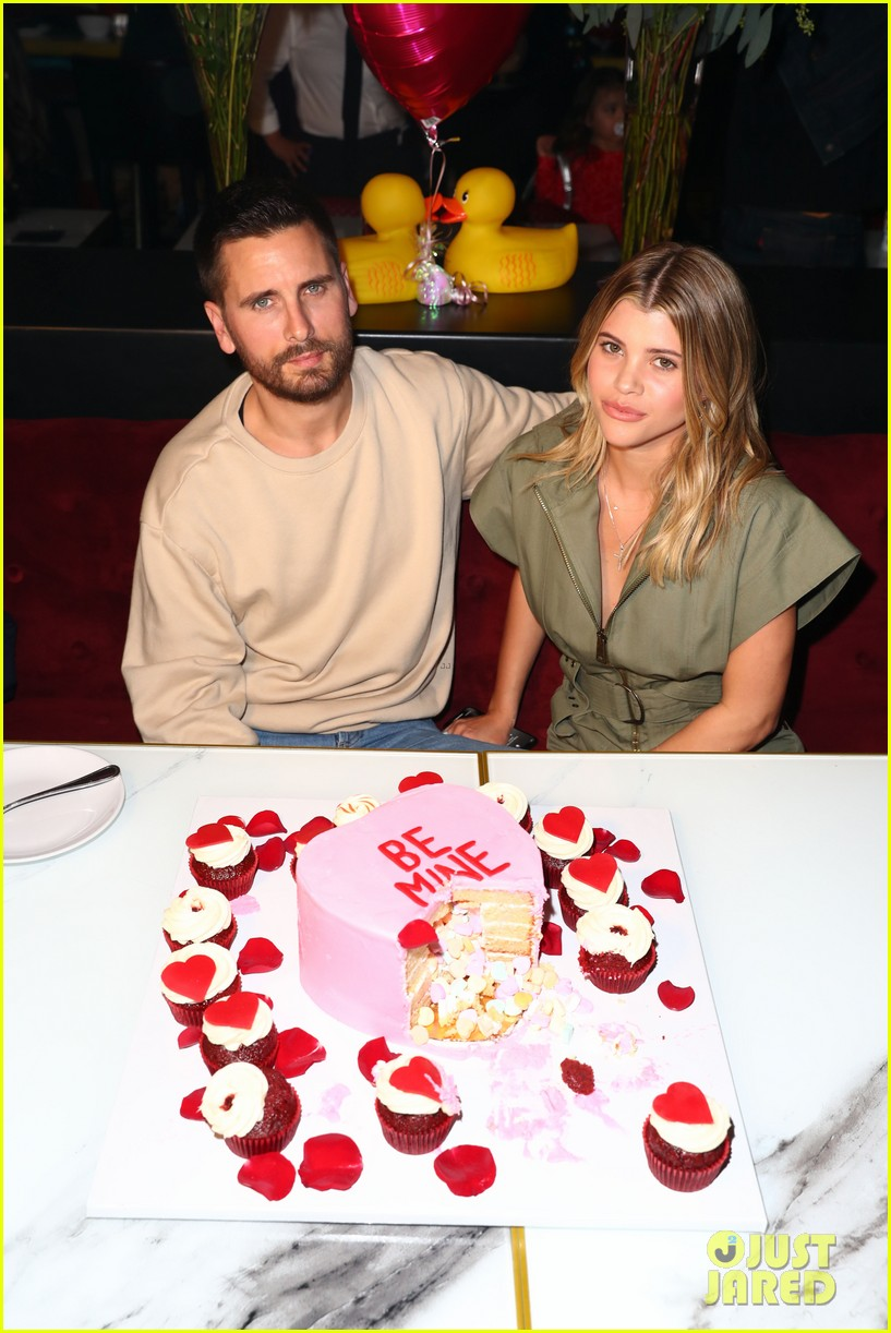 scott disick sofia richie celebrate valentines day together 07