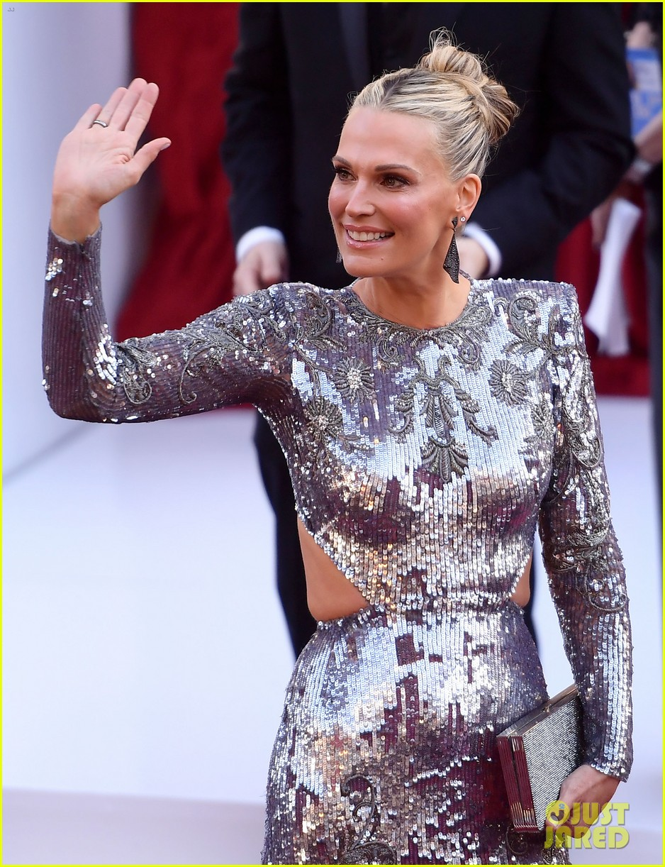molly sims scott stuber oscars 2019 024245395