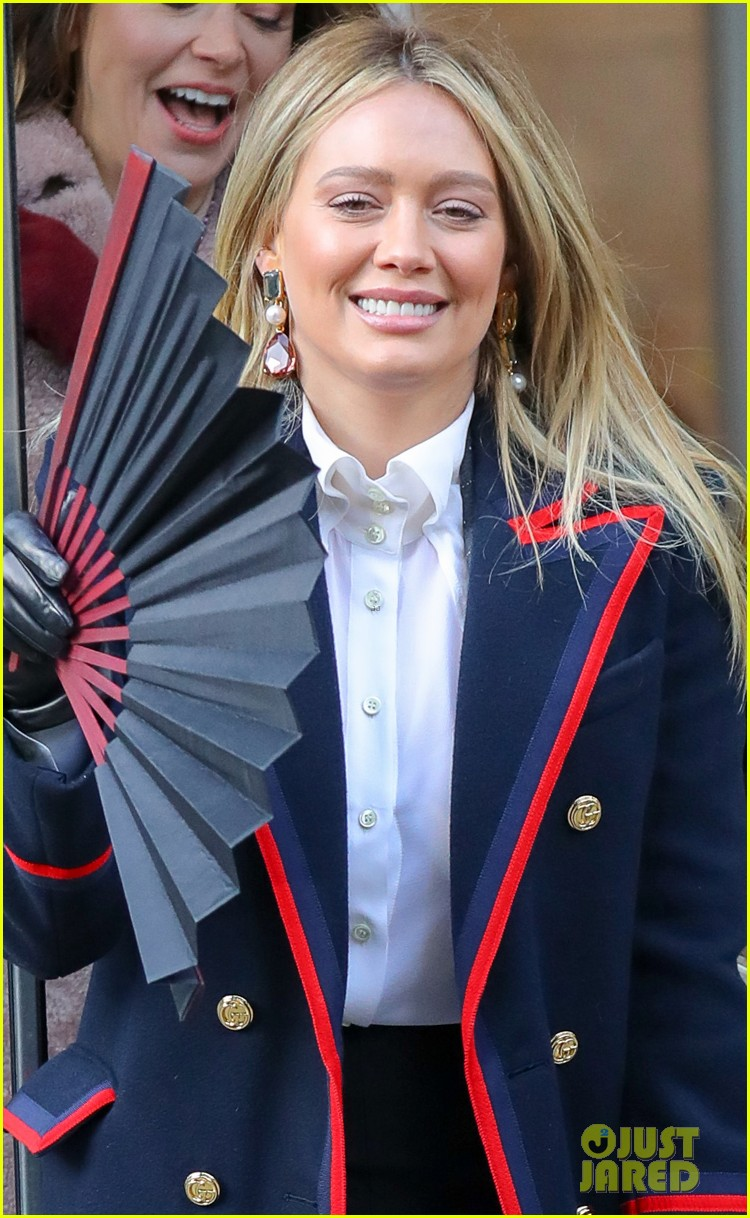 hilary duff sutton foster step out filming younger 044249069