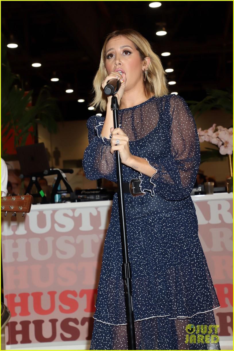 ashley tisdale vegas performance event 09