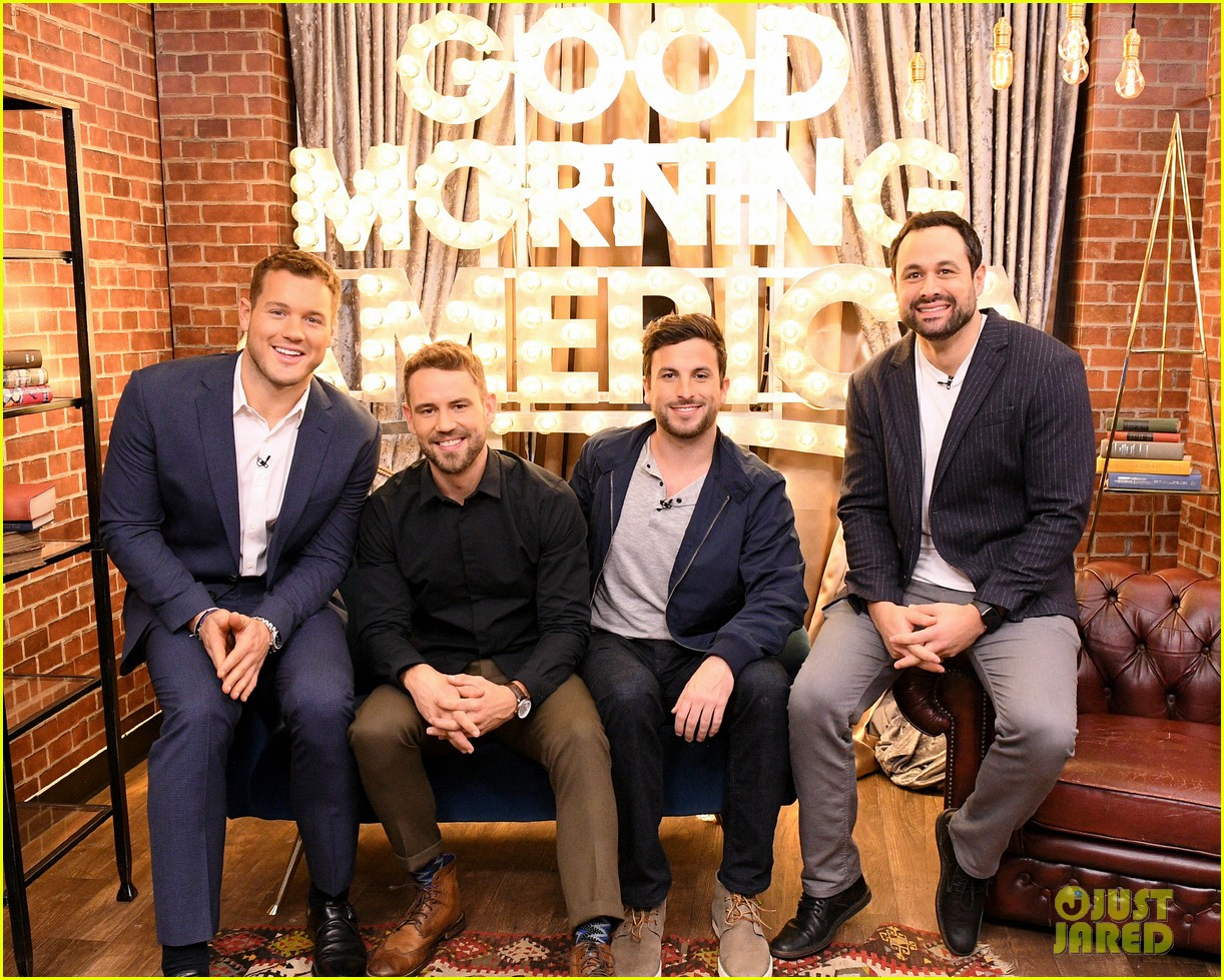 colton underwood former bachelors surprise fans at viewing party 034240753