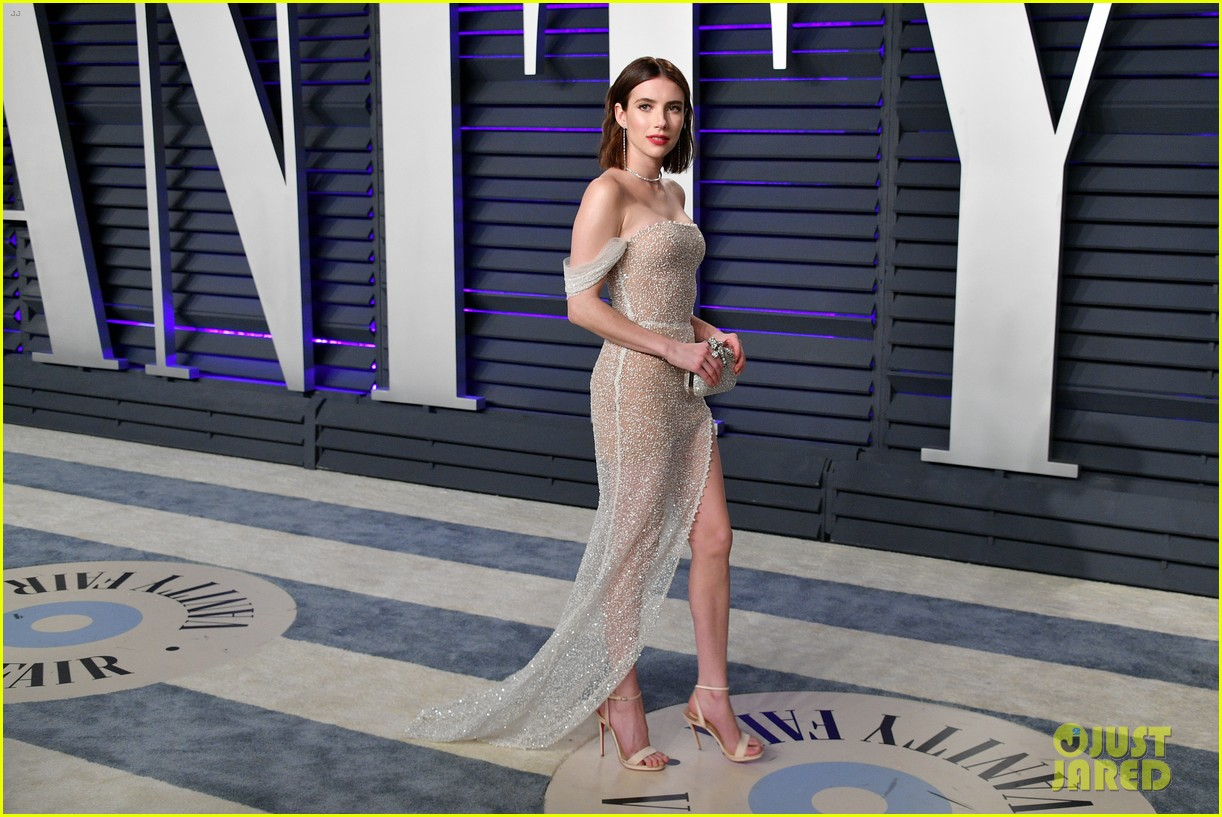 shailene woodley emma roberts and chloe moretz get glam for vanity fairs oscars 2019 party 12