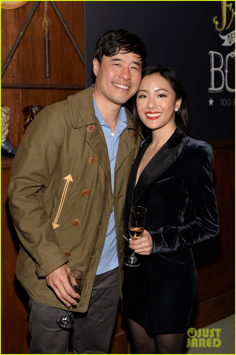 constance wu fresh off the boat cast mates celebrate 100 episode 054249171