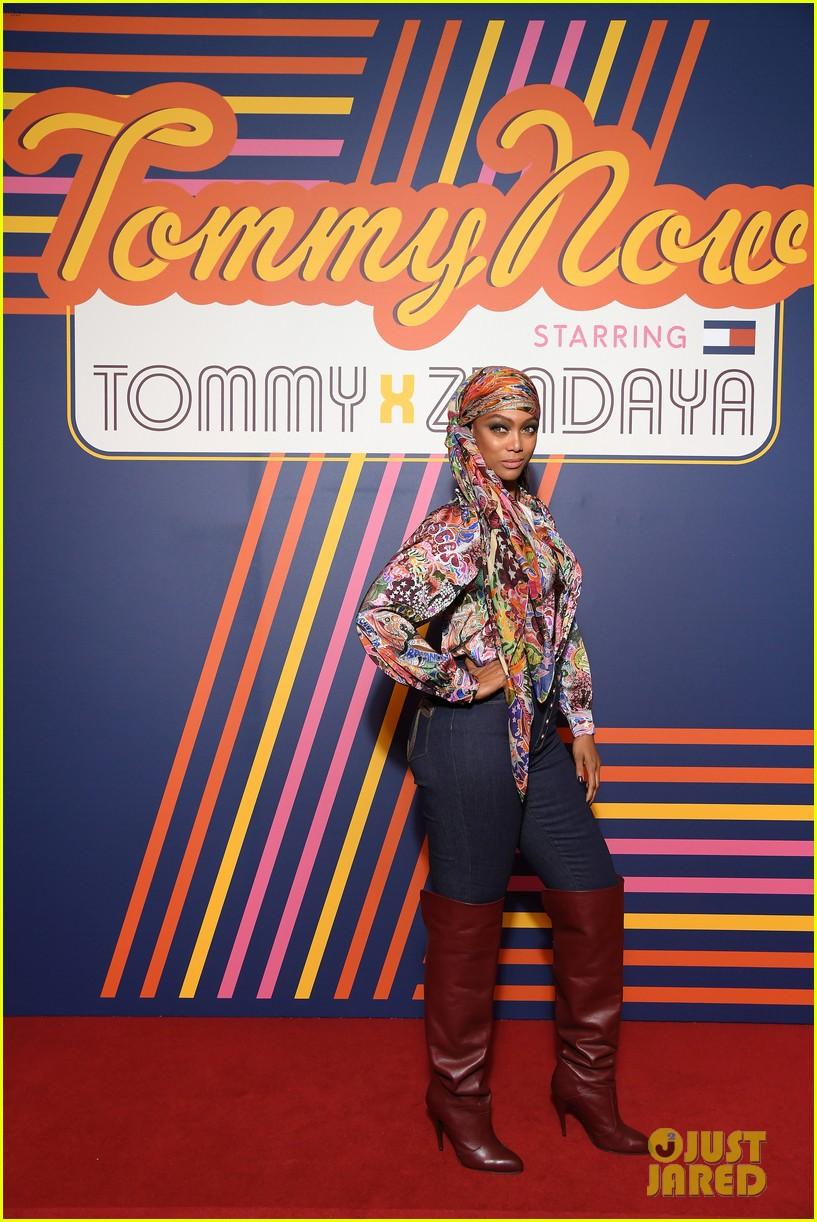 tyra banks janelle monae tommy x zendaya fashion show 19