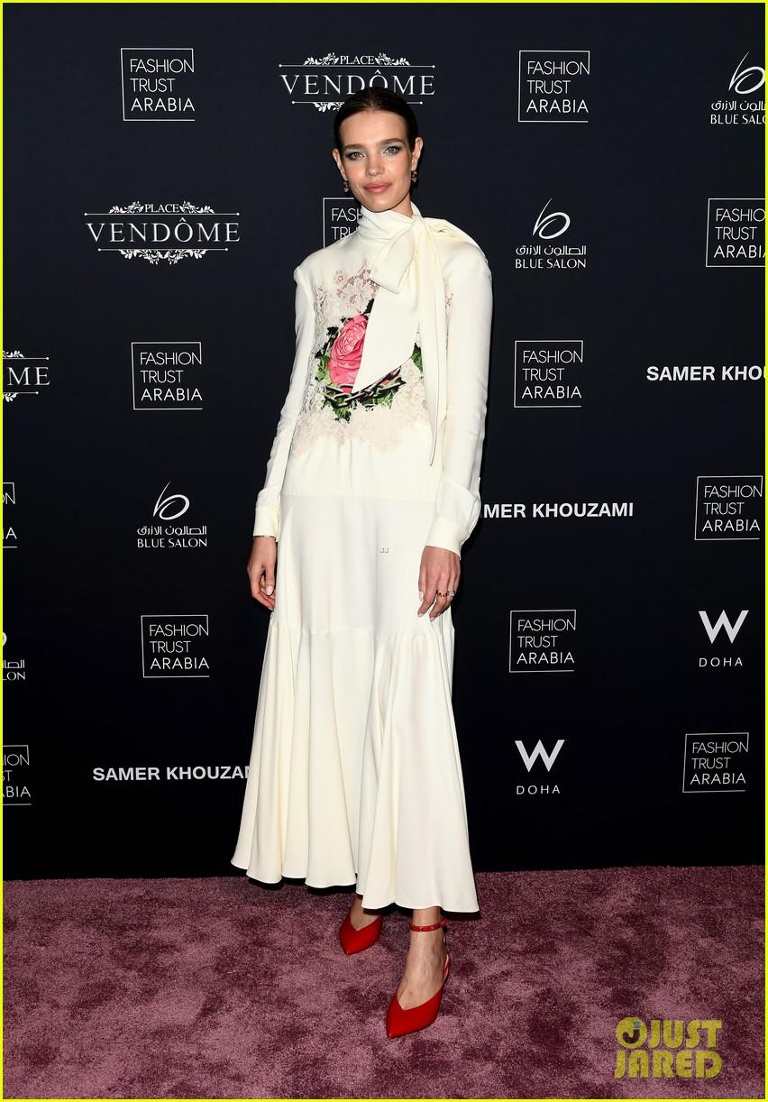 doha fashion trust prize in qatar 24