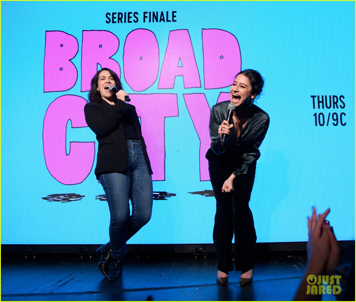 abbi jacobson ilana glazer host broad city series finale viewing party 024263792