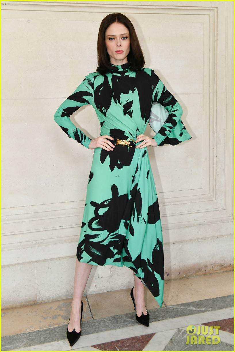 sofia carson olivia palermo elie saab fashion show 054250524