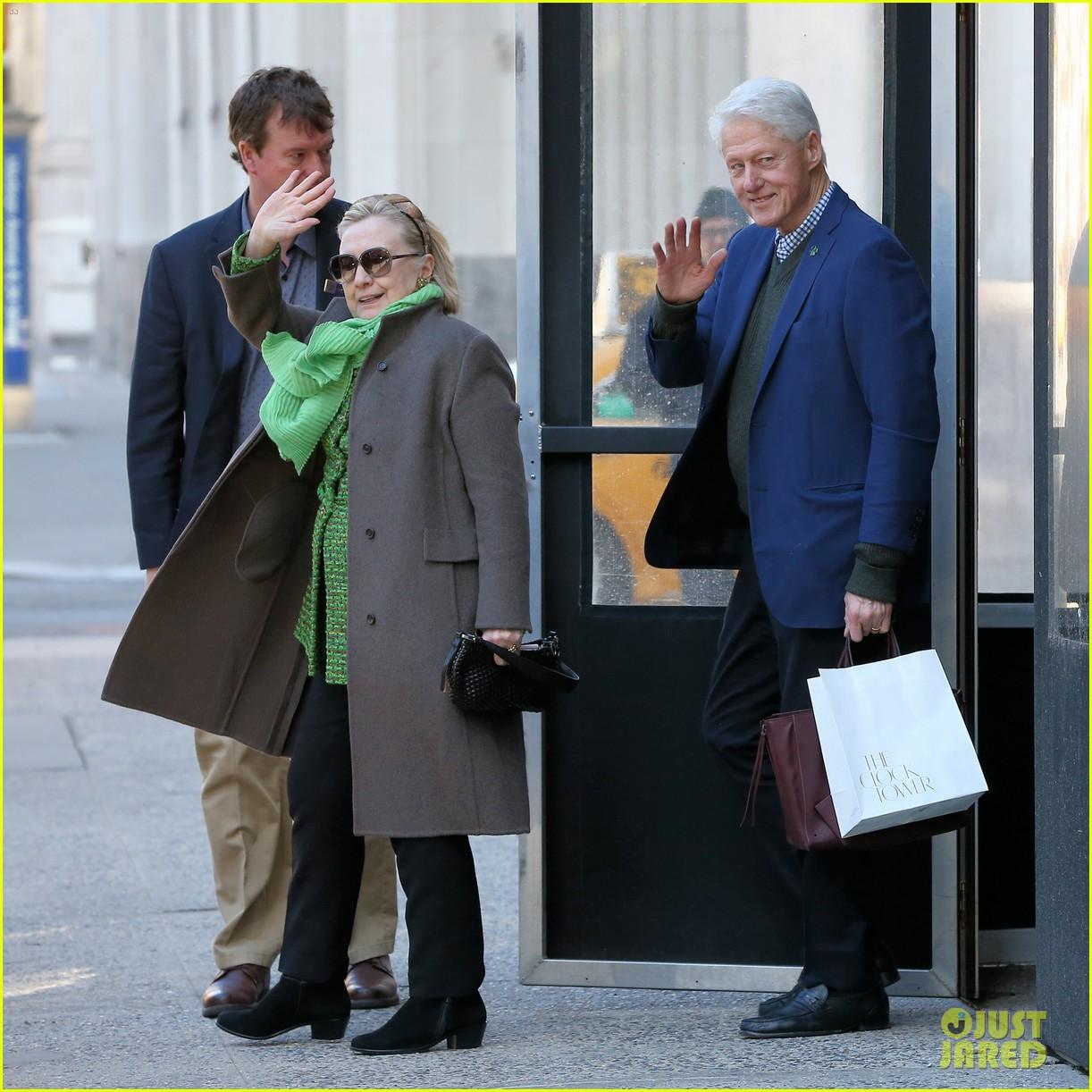 hillary bill clinton visit their grandkids for st patricks day 01