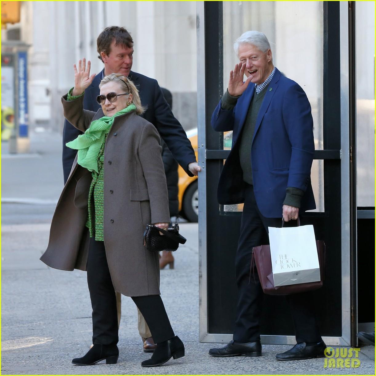 hillary bill clinton visit their grandkids for st patricks day 05