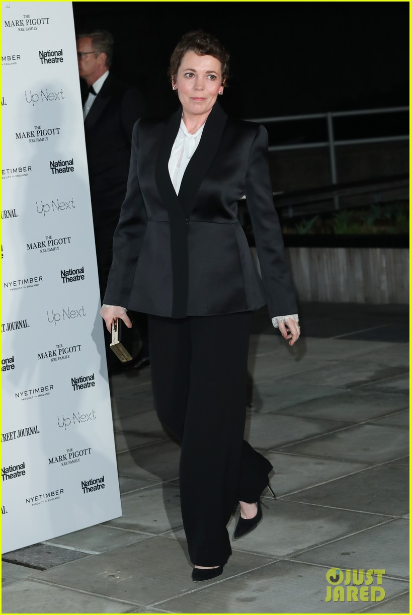 olivia colman cate blanchett show support for national theatres up next gala 2019 03