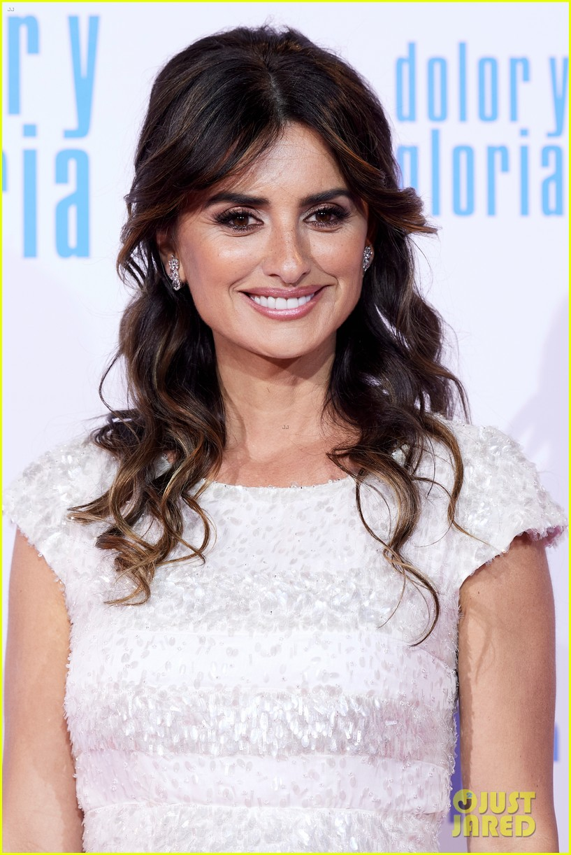 penelope cruz antonio banderas premiere dolor y gloria in madrid 15