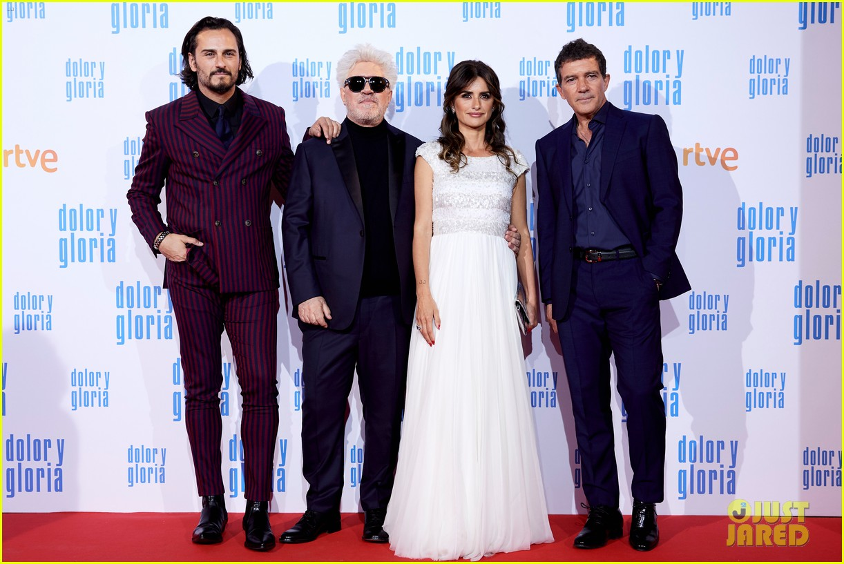penelope cruz antonio banderas premiere dolor y gloria in madrid 23