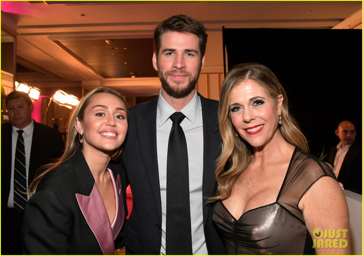 miley cyrus liam hemsworth an unforgettable evening 02