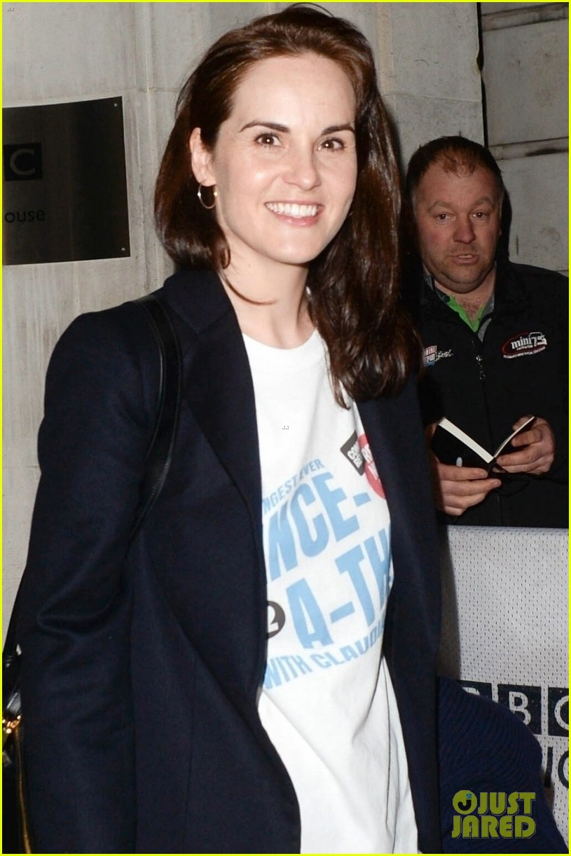 michelle dockery hosts comic relief dance a thon in london 044256637