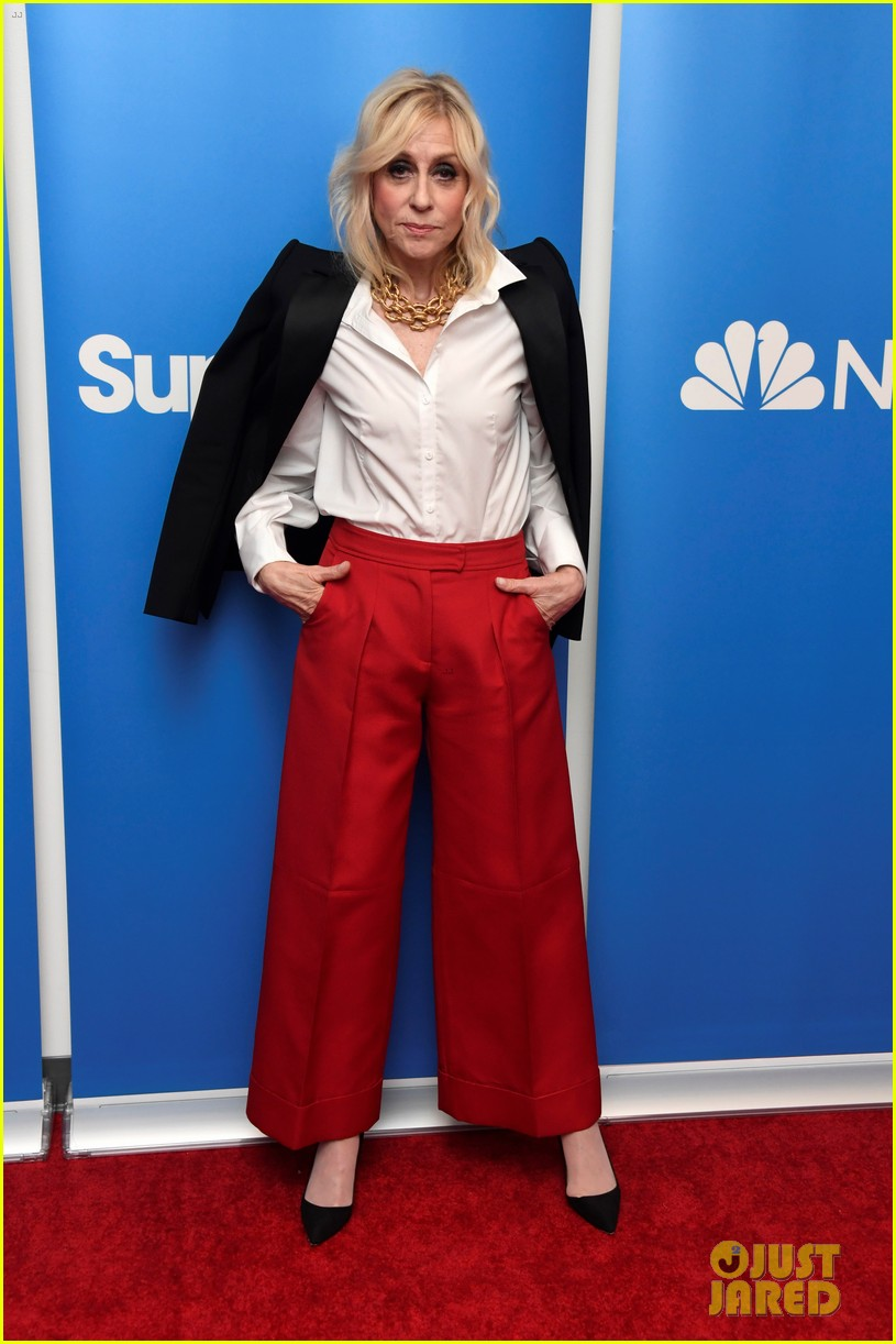 america ferrera reunites with ugly betty co star judith light at superstore qa 014252543