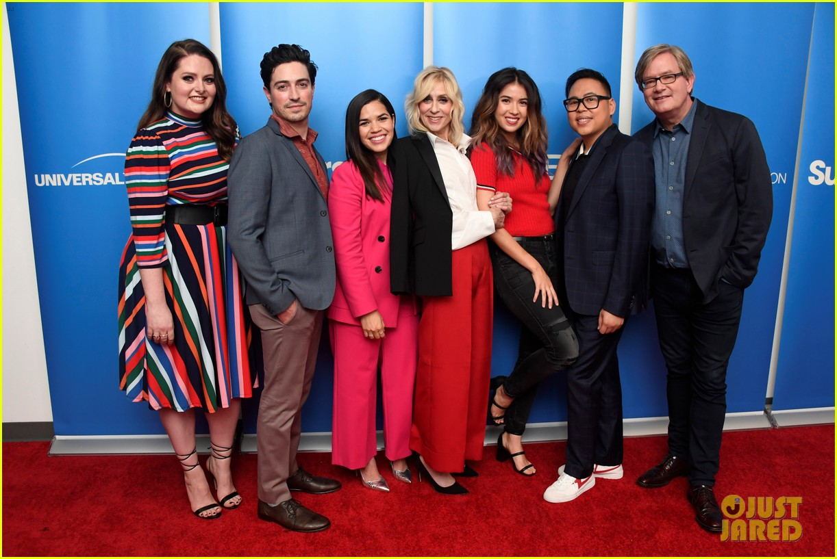 america ferrera reunites with ugly betty co star judith light at superstore qa 034252545