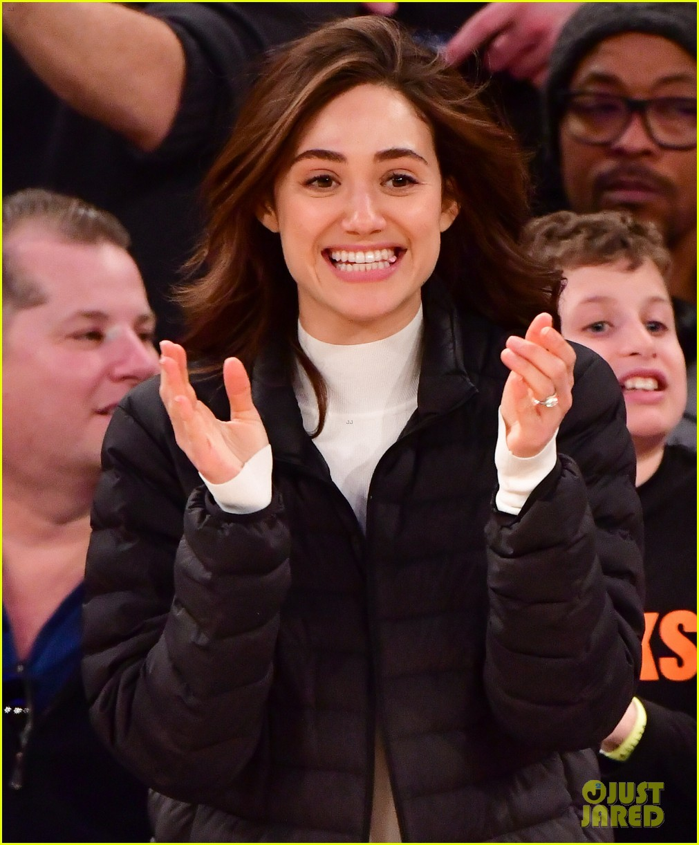 james franco girlfriend isabel pakzad have date night at lakers game 01