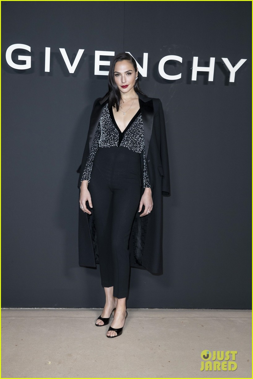 gal gadot sam smith sit front row at givenchy paris show 07