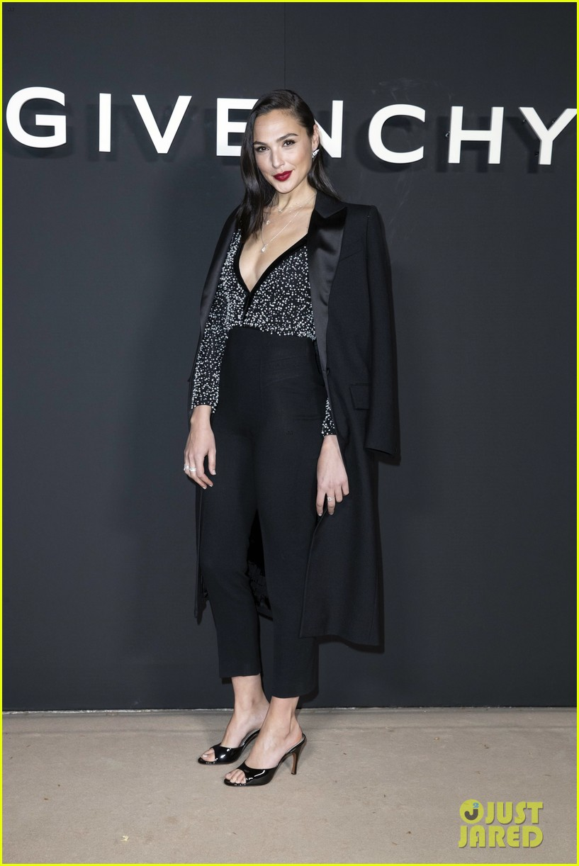 gal gadot sam smith sit front row at givenchy paris show 08