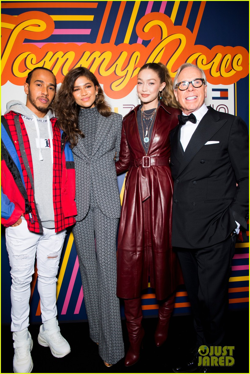 zendaya supported by gigi hadid tommy hilfiger show 014250540