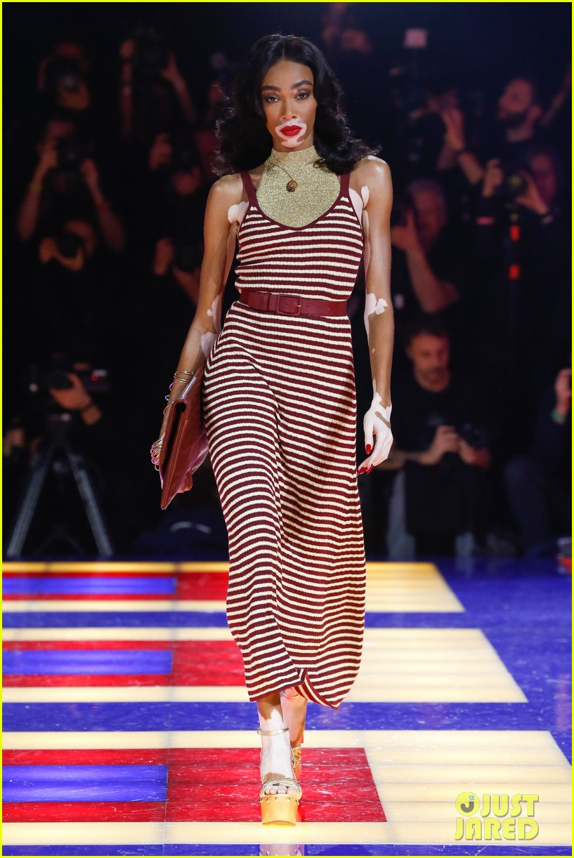 zendaya supported by gigi hadid tommy hilfiger show 064250545