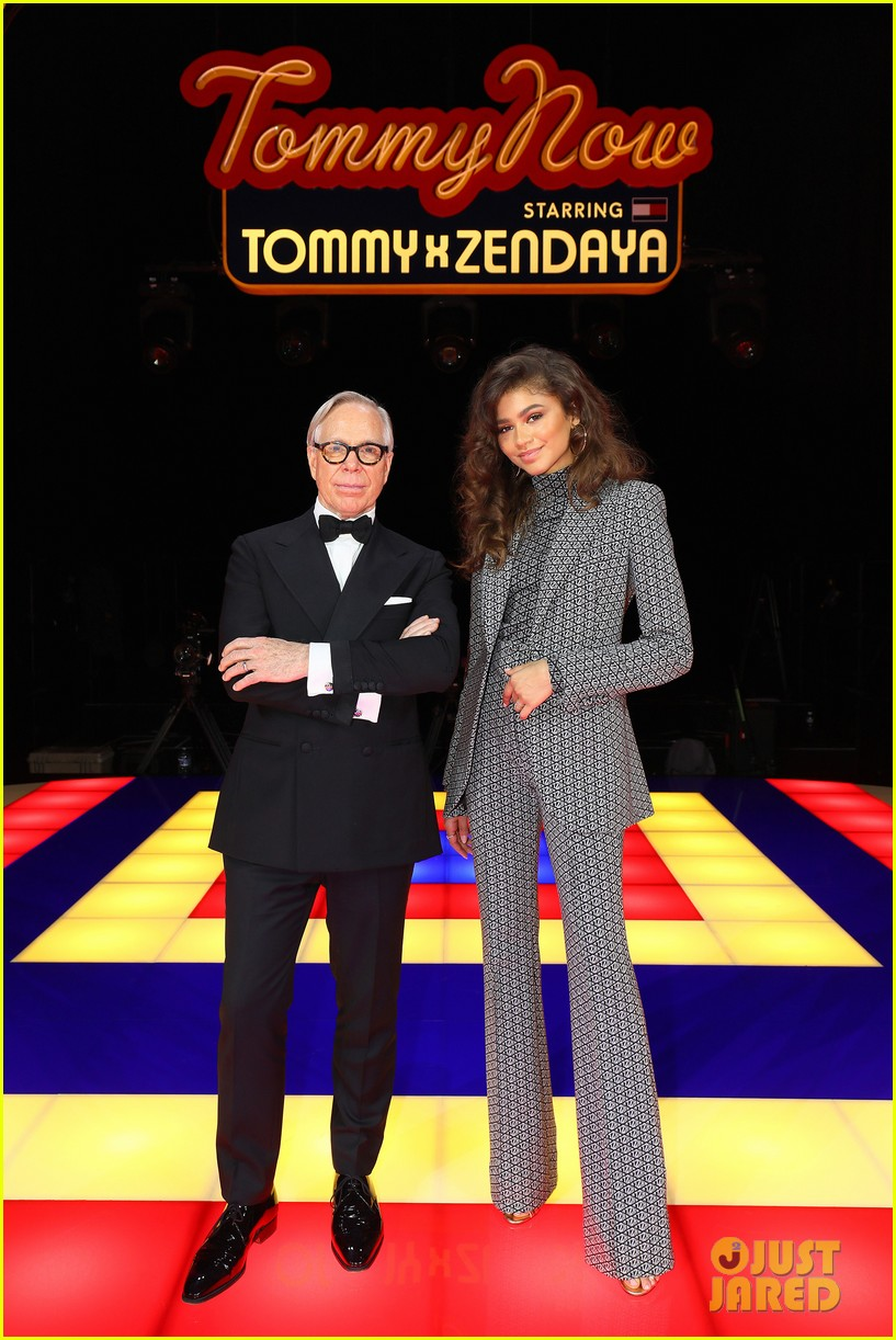 zendaya supported by gigi hadid tommy hilfiger show 084250547
