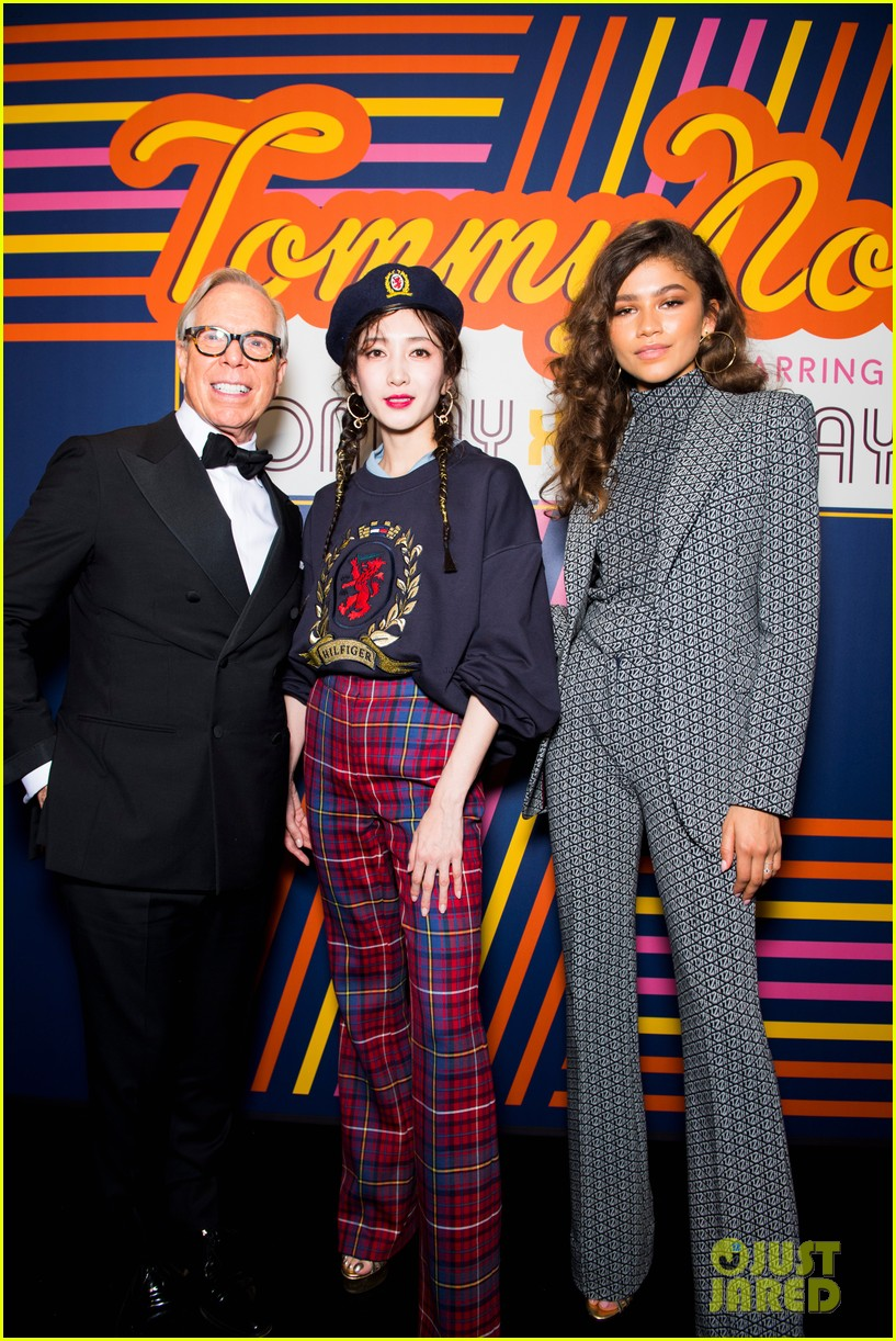 zendaya supported by gigi hadid tommy hilfiger show 164250555