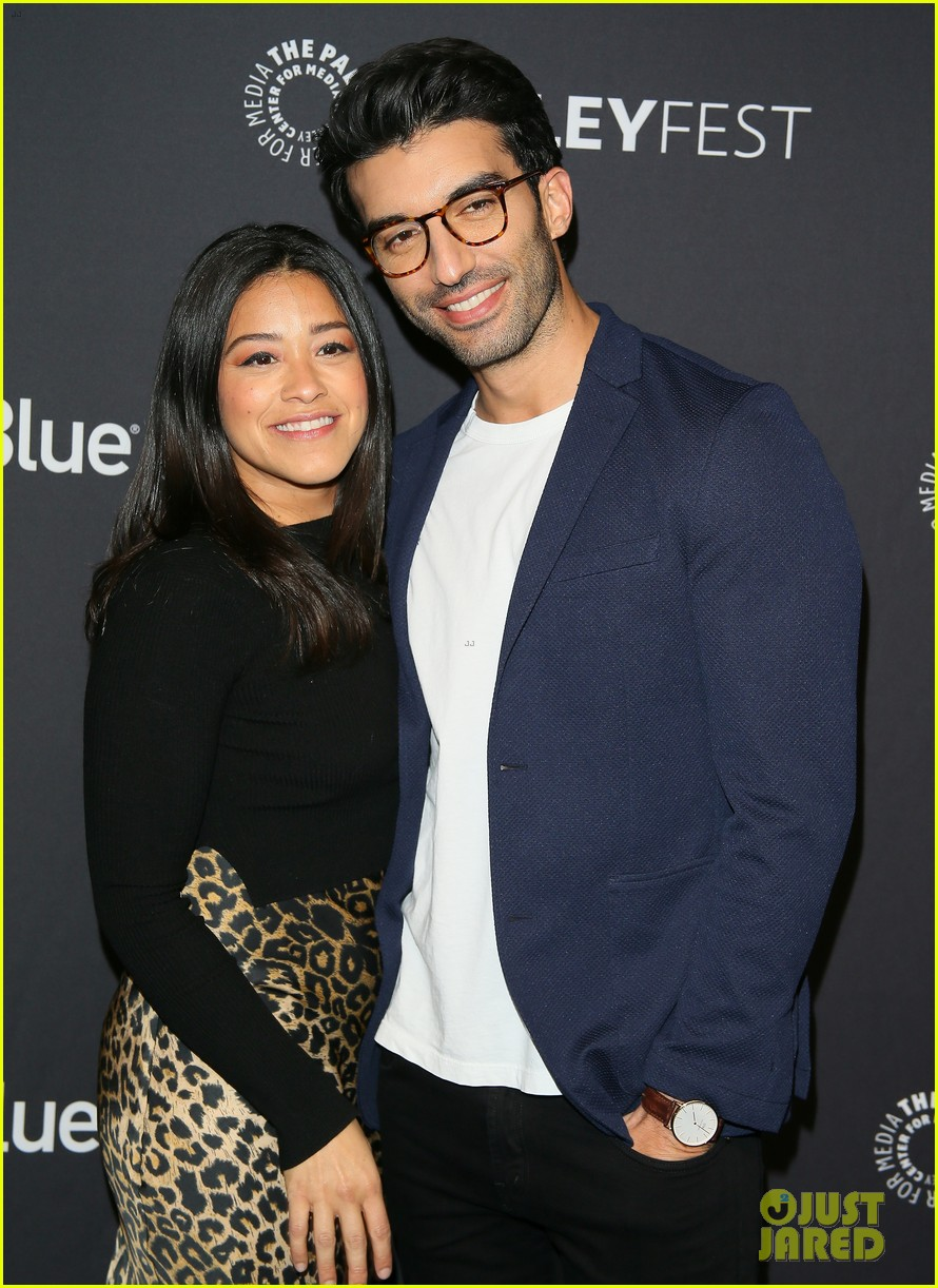 gina rodriguez justin baldoni jane the virgin final season paleyfest 034260726