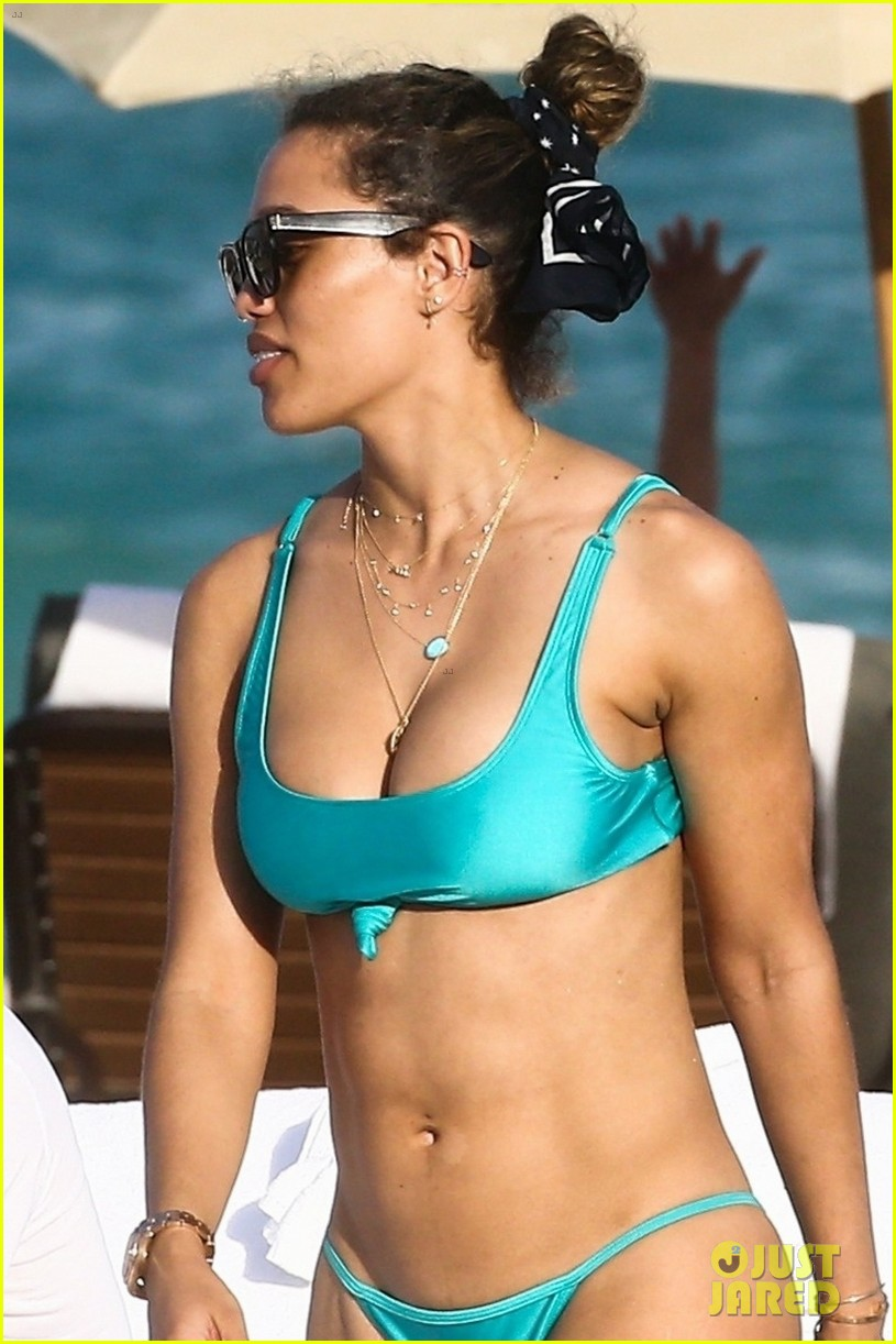 david guetta hits the beach miami girlfriend jessica ledon 03