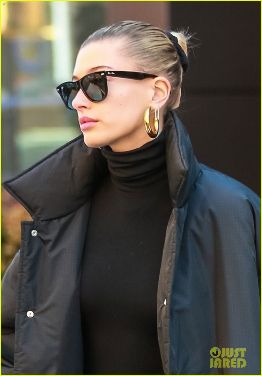hailey bieber dons all black for weekend outing 024254521