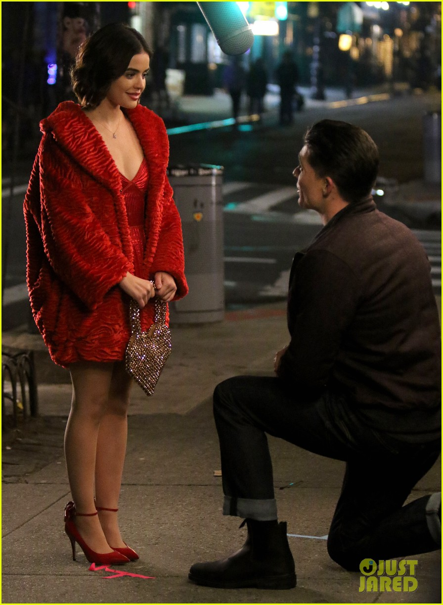 lucy hale films a proposal scene for katy keene 04